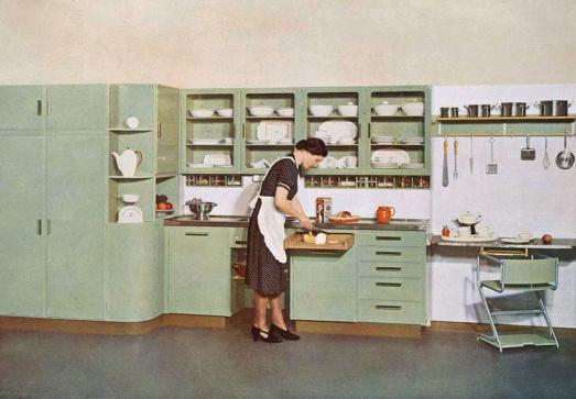 De Piet Zwart Keuken Deze Retro Keuken Is Al Meer Dan 80 Jaar Een Blikvanger In Elke Keukenruimte Bruynzeelkeukens Nl