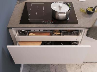 Keuken Kookplaat en voorraadlades