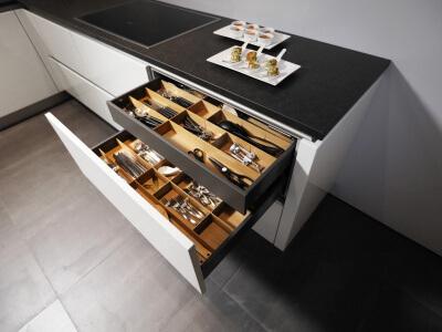 Tweedehands Keuken Kasten : Tweedehands ikea keuken complete keuken kasten hout u artsmediafo