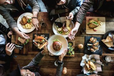 Keuken Nederlanders zijn erg te spreken over de maaltijden die thuis op tafel komen